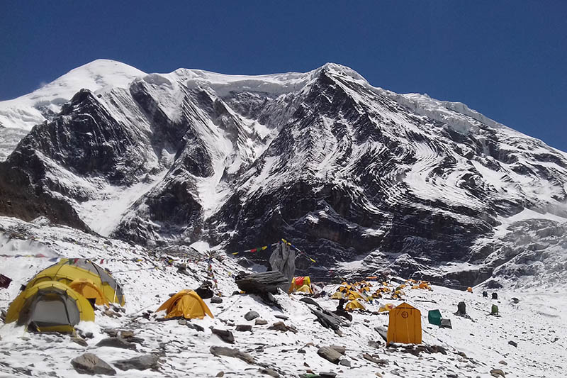 Tourists pit tents at the Dhaulagiri base camp in Mudi of Dhaulagiri Rural Municipality in Myagdi district, on Tuesday, June 6, 2017. Photo: RSS