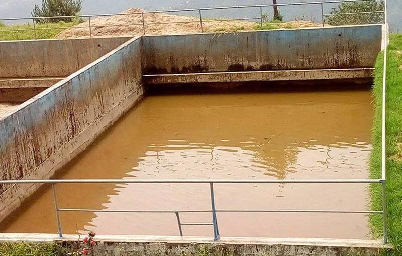 A polluted drinking water reservoir in Simpani of Charikot, in Dolakha, on Thursday, June 22, 2017. Photo: THT