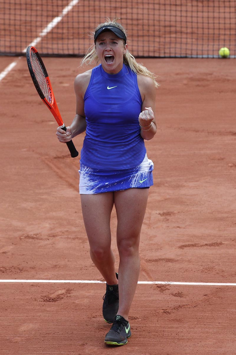 Ukraine's Elina Svitolina clenches her fist as she defeats Croatia's Petra Martic during their fourth round match of the French Open tennis tournament at the Roland Garros stadium, in Paris, on Monday, June 5, 2017. Photo: AP