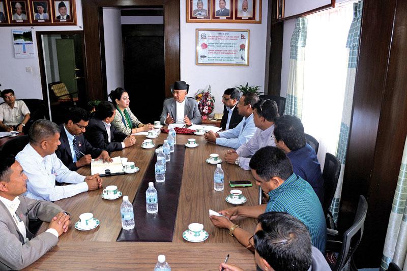 Finance Minister Gyanendra Bahadur Karki holding discussion with FNCCI delegation, in Kathmandu, on Monday, June 27, 2017. Photo: Courtesy FNCCI