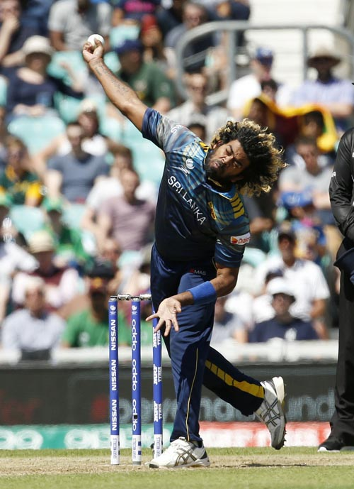Sri Lanka's Lasith Malinga bowls during the ICC Champions Trophy, Group B cricket match between Sri Lanka and South Africa at The Oval, London, on Saturday, June 3, 2017. Photo: Paul Harding/PA via AP