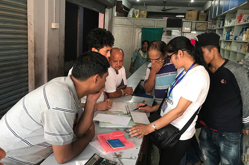 Authorites carry out monitoring of medical clinics in Hetaunda of Makwanpur district, on Thursday, June 22, 2017. Photo: Prakash Dahal