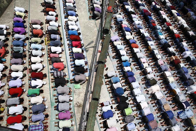 Muslims offer prayer on the final Friday of the month-long Ramadan at a mosque in Kathmandu, on Friday, June 23, 2017. Photo: Skanda Gautam