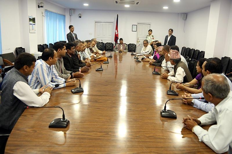 A delegation of Nepal University Teachersu2019 Association meeting Prime Minister Sherbahadur Deuab at Singhadurbar on June 20, 2017. Photo: RSS
