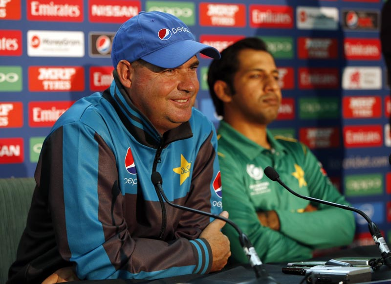 Pakistan Head Coach Mickey Arthur and Sarfraz Ahmed during the press conference, on June 17, 2017. Photo: Action Images via Reuters