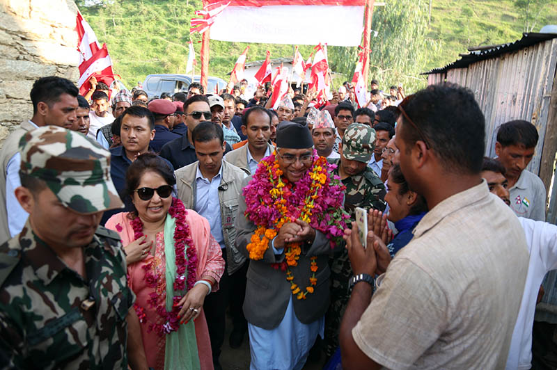 PM Sher Bahadur Deuba being welcomed by the locals at Bagarkot in Dadeldhura district, on Monday, June 26, 2017. Photo: RSS
