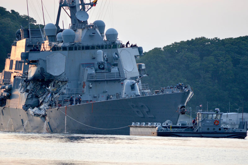 The Arleigh Burke-class guided-missile destroyer USS Fitzgerald returns to Fleet Activities (FLEACT) Yokosuka following a collision with a merchant vessel while operating southwest of Yokosuka, Japan in photo received on June 17, 2017. Photo: US Navy via Reuters