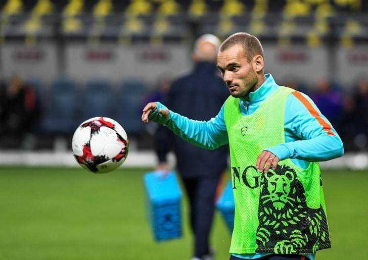 File: Wesley Sneijder during the training with the Netherlands national football team at the Friends Arena in Stockholm, Sweden, September 5, 2016. Photo: Reuters