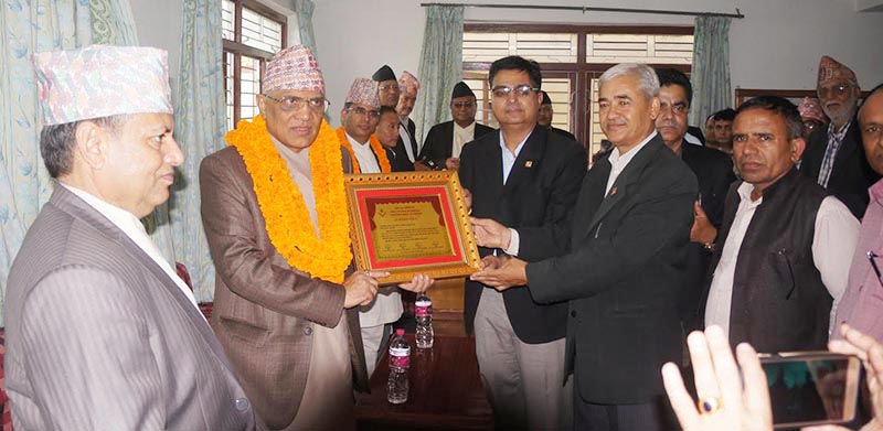 Chief Justice Gopal Parajuli (second from left) being honoured at a programme organised by the Pokhara High Court Bar Association and Kaski District Bar Association, in Pokhara, on Tuesday, August 8, 2017. Photo: THT