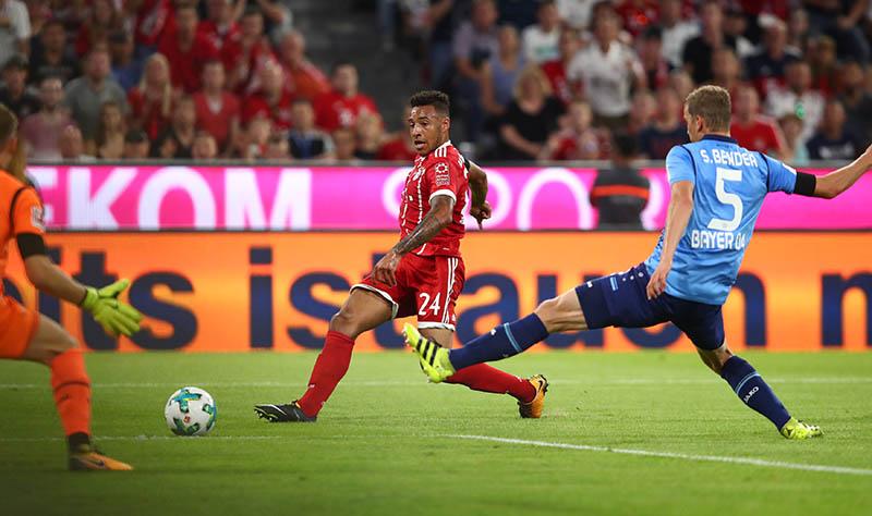 Bayern Munich's Corentin Tolisso misses a chance to score. Photo: Reuters