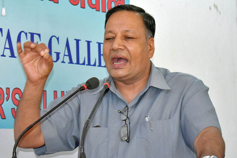 CPN Maoist Centre leader Devendra Paudel speaks at an interaction programme in Kathmandu, on Monday, August 28, 2017. Courtesy: Reporters Club