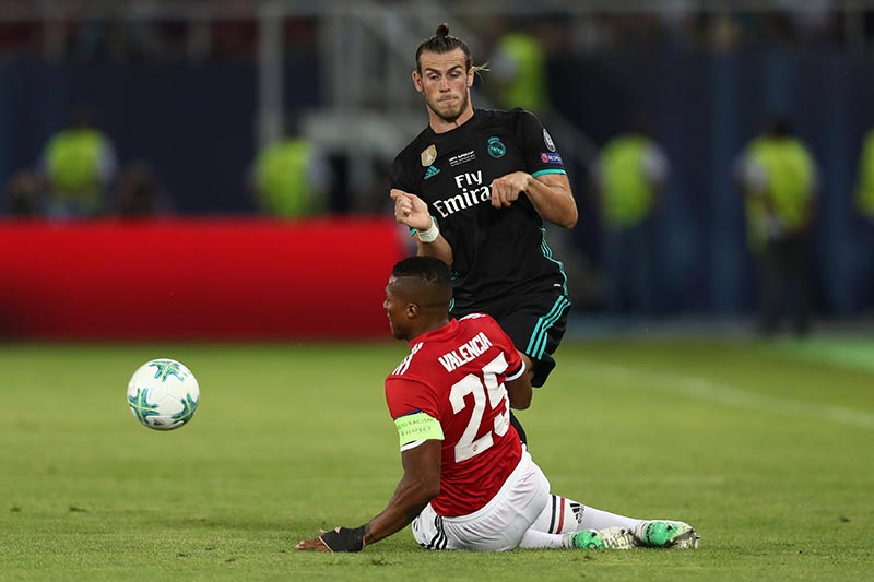 Manchester United's Antonio Valencia in action with Real Madridu2019s Gareth Bale in Super Cup Final match between Real Madrid and Manchester United, in Skopje, Macedonia, on August 8, 2017. Photo: Reuters