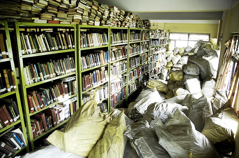 Books belonging to Nepal National Library stored in a room of Mahendra Bhawan School, Kathmandu, on Wednesday, August 30, 2017. Photo: THT
