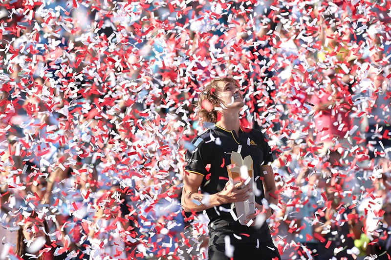 Confettis fall on Alexander Zverev of Germany after his win against Roger Federer of Switzerland (not pictured) during the Rogers Cup tennis tournament at Uniprix Stadium, in Montreal, Quebec, Canada, on August 13, 2017. Photo: Jean-Yves Ahern-USA TODAY Sports via Reuters