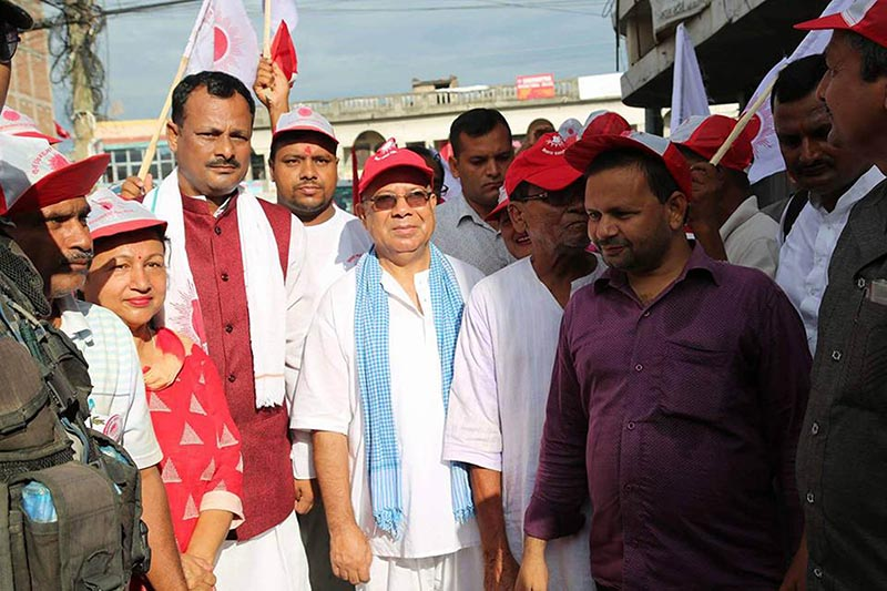 Senior CPN-UML leader Madhav Kumar Nepal participating in an election publicity campaign for the third round of civic polls in Birgunj, Parsa, on Monday, August 28, 2017. Photo: THT.