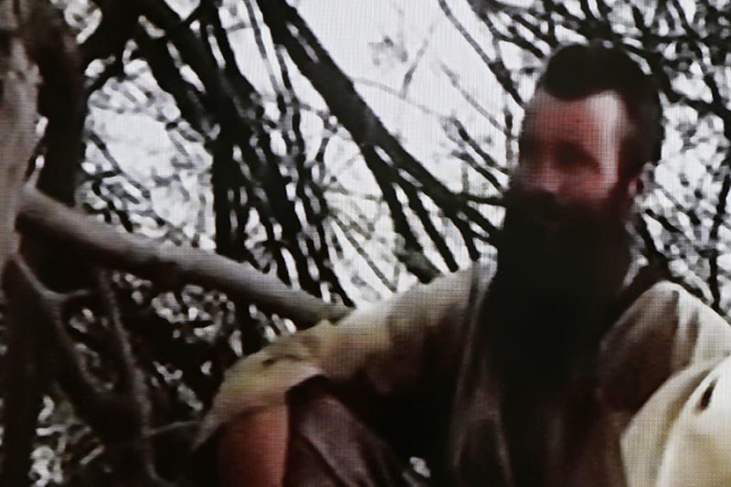 In this undated frame grab from video released by Islamic extremists, South African Stephen McGown is shown in captivity in Mali. Photo: AP