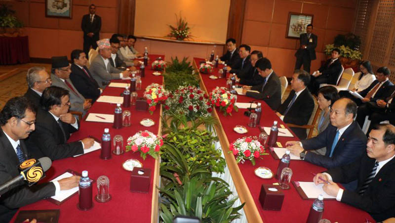 Chinese Vice Premier Wang Yang holds a meeting with former Prime Minister Pushpa Kamal Dahal, in Kathmandu, on Wednesday, August 15, 2017. Photo: Dahal's Secretariat