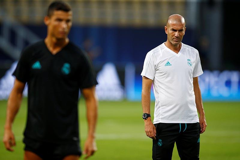 Real Madrid coach Zinedine Zidane during training, in Skopje, Macedonia, August 7, 2017. Photo: Reuters