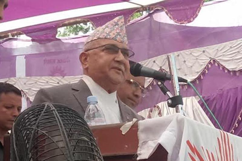 CPN-UML Chairperson KP Sharma Oli addressing the partyu2019s election rally, in Bara, on Friday, September 15, 2017. Photo: THT