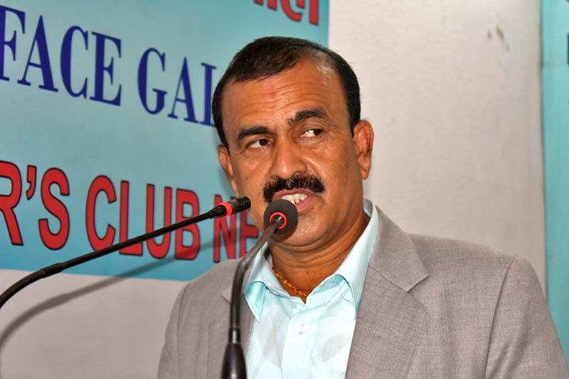 Minister for Water Supply and Sanitation Mahendra Yadav speaking at an interaction programme in Kathmandu, on Sunday, September 24, 2017. Courtesy: Reporters Club
