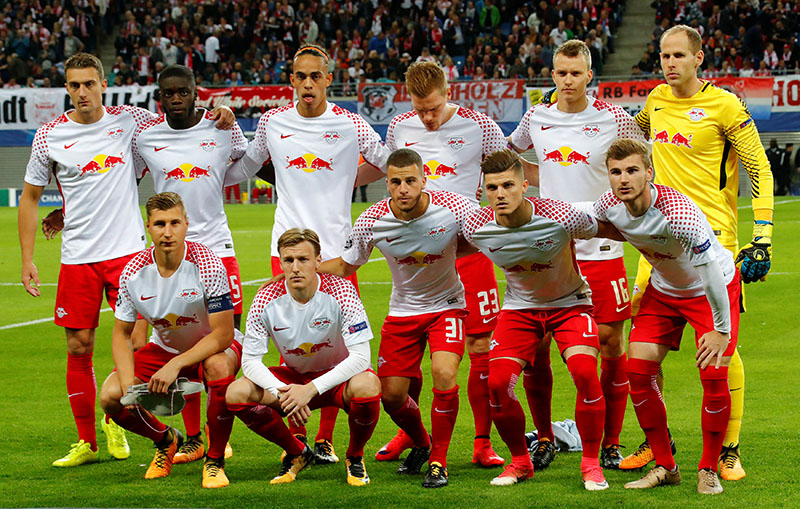 RB Leipzig team group before the match. Photo: Reuters