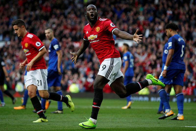 Manchester United's Romelu Lukaku celebrates scoring their third goal. Photo: Reuters
