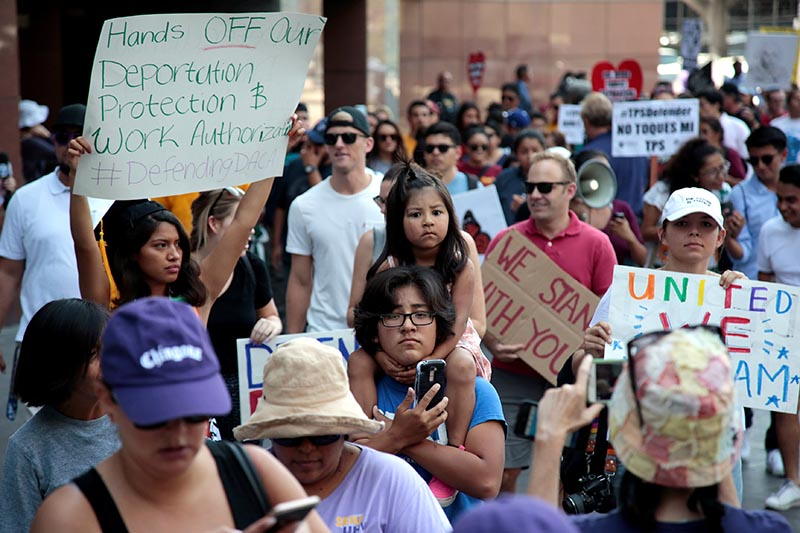Supporters of the Deferred Action for Childhood Arrivals (DACA) program recipient during a rally outside the Federal Building in Los Angeles, California, US, on September 1, 2017. Photo: Reuters