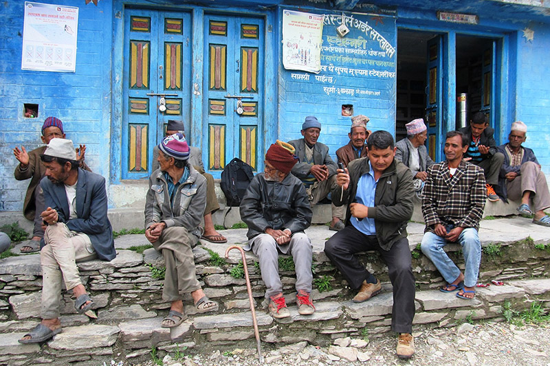Locals of Surma Rural Municipality in Bajhang district discussing about the upcoming elections, on Thursday, November 09, 2017. Photo: RSS