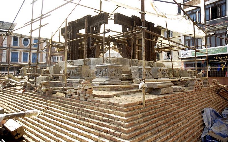 Reconstruction of Bhaidegah temple in progress in Patan Durbar Square, Lalitpur, on Sunday, November 12, 2017. Photo: THT