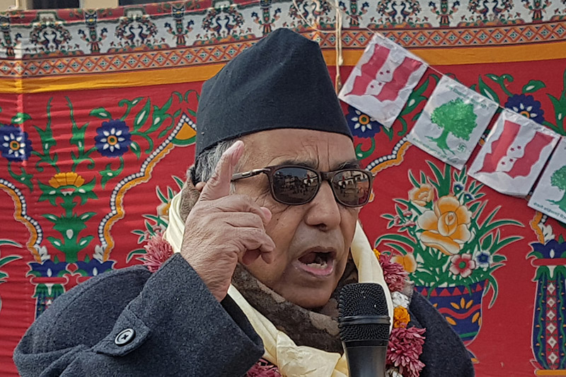 Former Speaker Damannath Dhungana speaking at an election meet organised by Nepali Congress in Balkot, Bhaktapur, on Monday, November 27, 2017. Photo: RSS