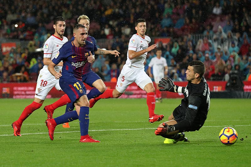 Barcelonau2019s Paco Alcacer scores their first goal during the La Liga Santander match between FC Barcelona and Sevilla, at Camp Nou, in Barcelona, Spain, on November 4, 2017. Photo: Reuters