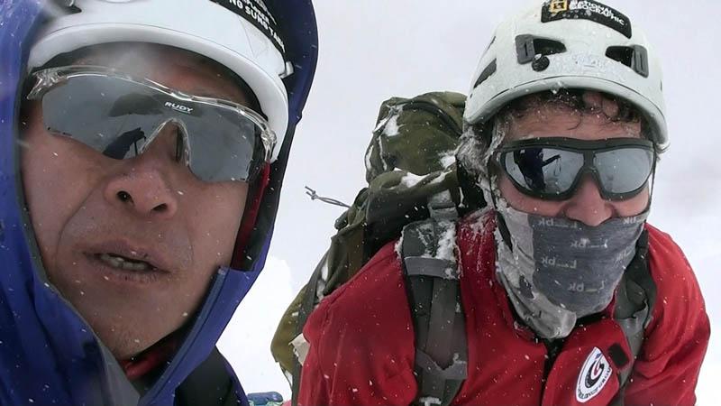 Sung-Taek Hong (Left) and Jorge Egocheaga Rodriguez on Mt Lhotse. Photo courtesy: Kyu-po Pyun