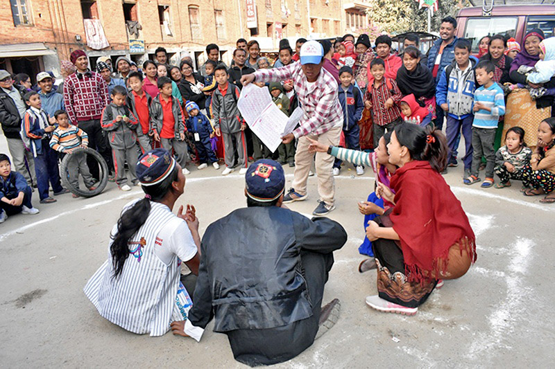 Artists performing street drama for public awareness on elections, in Kavre, on Tuesday, November 28, 2017. Photo: RSS