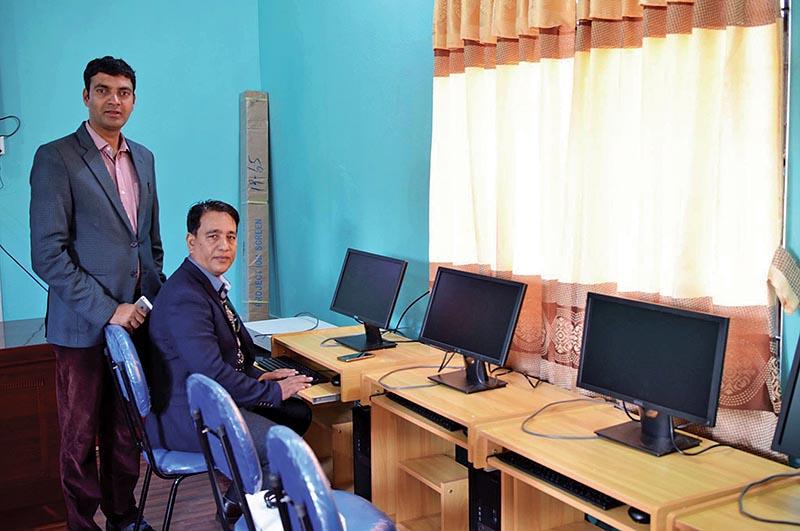 Western Regional Development Committee President Khagaraj Paudel (left) and NSJF Kaski President Keshav Pathak at the Media Centre in Pokhara on Monday. Photo: THT