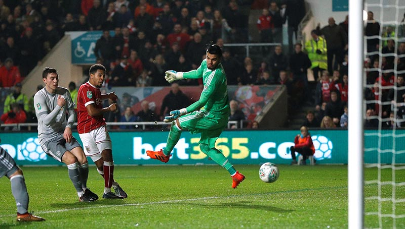Bristol City's Korey Smith scores their second goal during the Carabao Cup quarter-final match between Bristol City and Manchester United, at Ashton Gate Stadium, in Bristol, Britain, on December 20, 2017. Photo: Action Images via Reuters