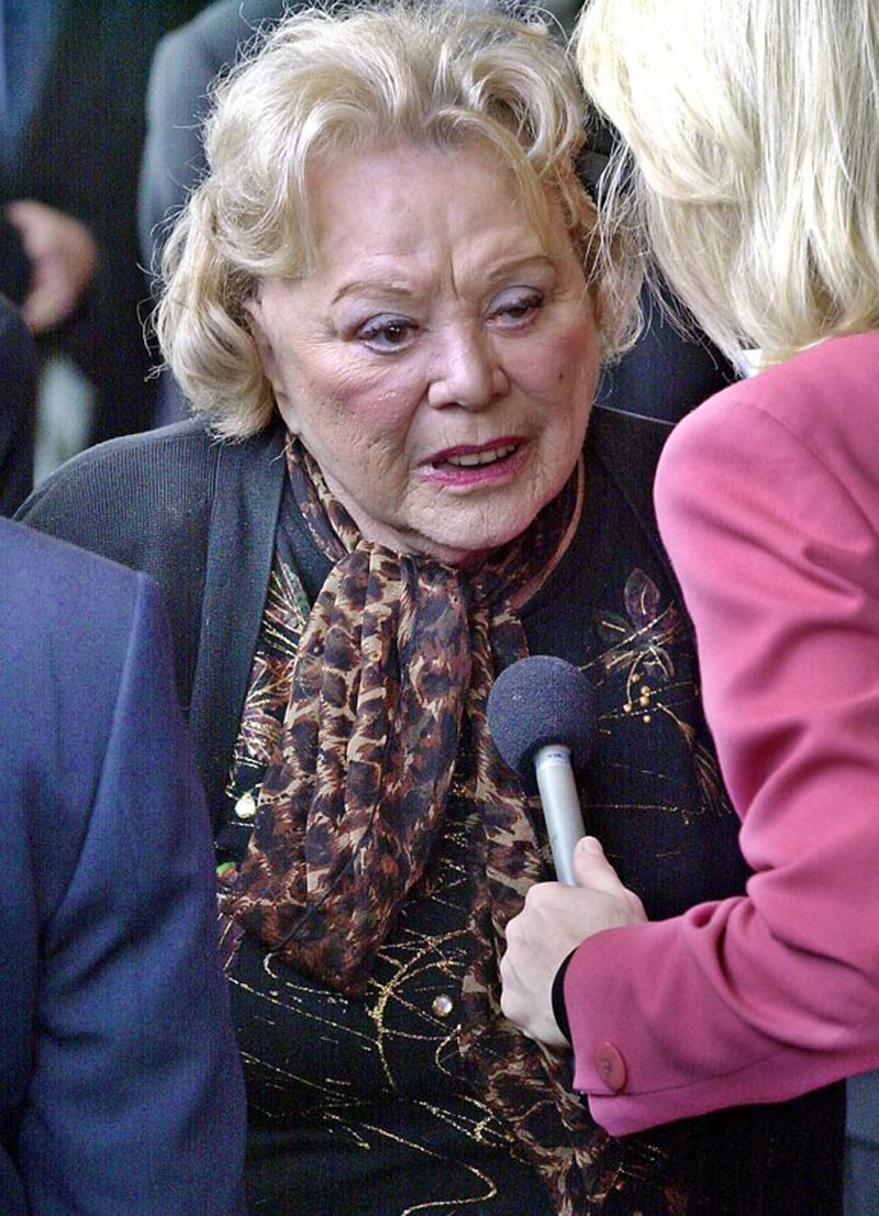 actress and comedian Rose Marie talks to the press as she arrives for a ceremony honoring comedian Milton Berle at Hillside Memorial Park and Mortuary in Los Angeles. Family spokesman Harlan Boll said Marie, the wisecracking Sally Rogers of u201cThe Dick Van Dyke Show,u201d died Thursday, December, 2017. Photo: AP
