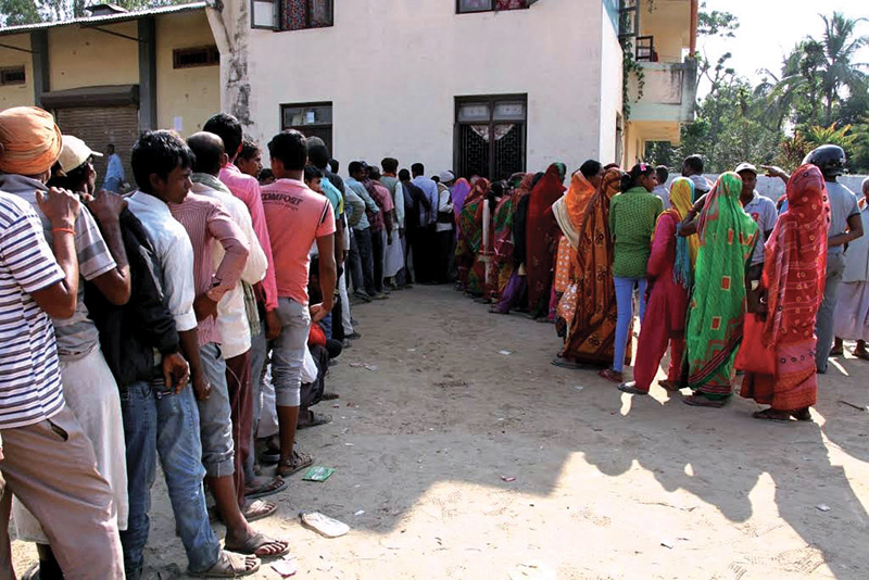 Farmers queuing to receive chemical fertiliser in District Cooperative Office in Rajbiraj, Saptari, on Friday. Photo: THT