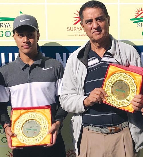Prithvi Malla (left) and Bhairaja Pandey hold their trophies after the Surya Nepal Gokarna Monthly Medal in Kathmandu on Saturday. Photo: THT