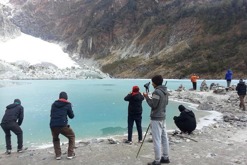 Tourists enjoying natural beauty of Kahphuche  glacial lake in Kaski, on Wednesday, January 10, 2018. Photo: THT
