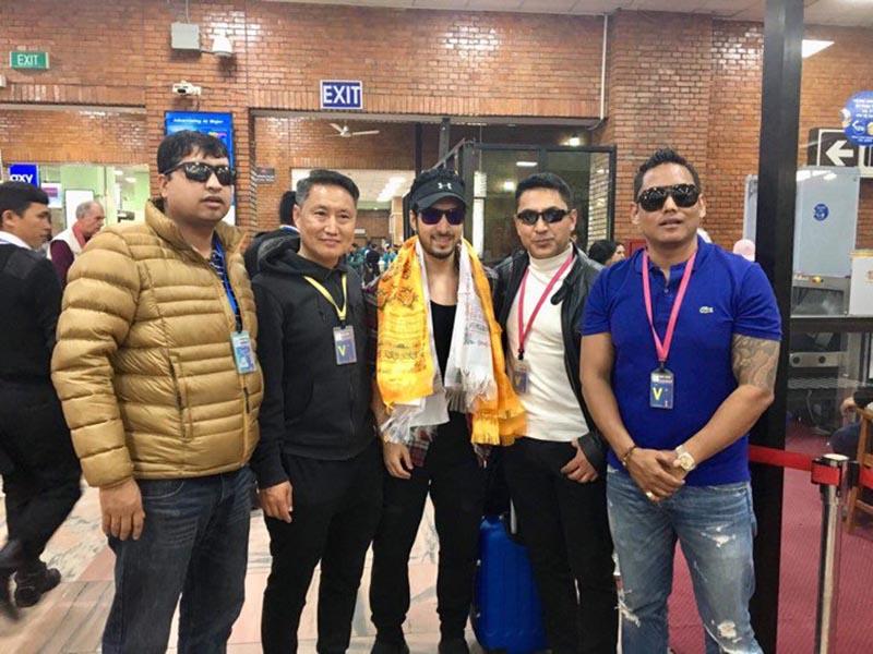 Amit Paul with friends. photo courtesy: Balkrishna Pandit