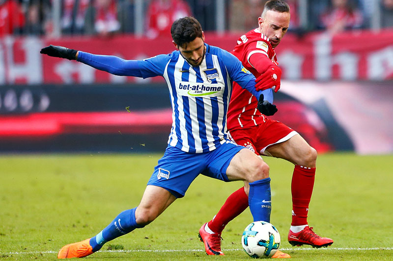Bayern Munich's Franck Ribery in action with Hertha Berlinu2019s Mathew Leckie. Photo: Reuters