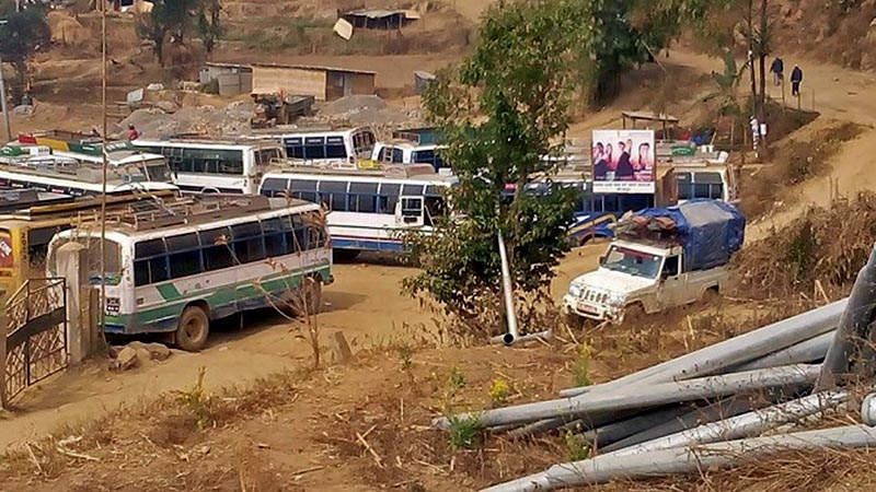 Bus are seen stranded in the buspark following the Nepal Banda called by Biplav-led Communist Party of Nepal, in Bhojpur district on Sunday, February 20, 2018. Photo: Niroj Koirala
