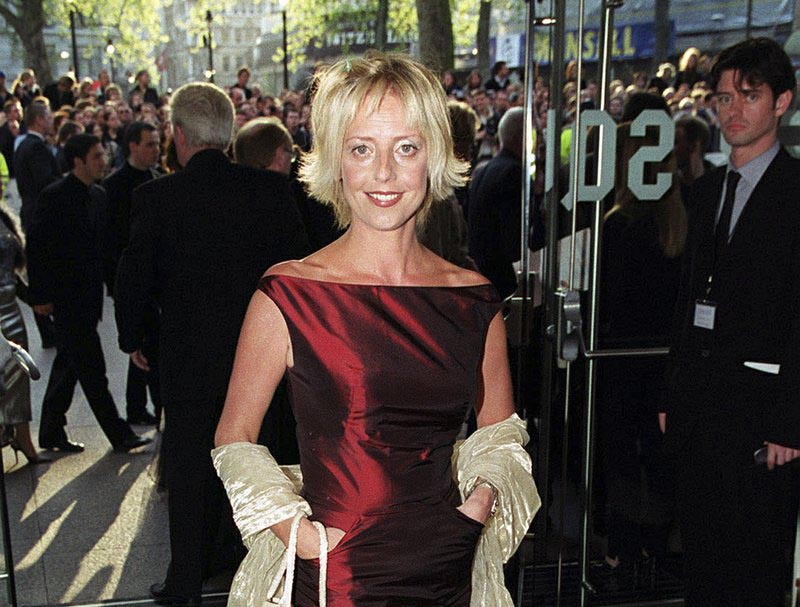 File - British actress Emma Chambers on the des carpet in London on April 27, 1999. Photo: AP
