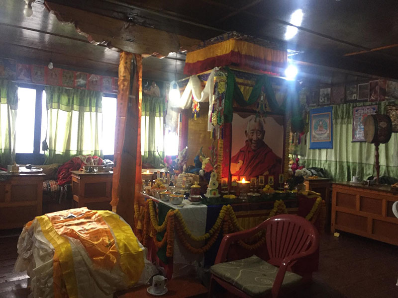His Eminence Lama Geshe Odiyaana Vajra Rinpoche, the resident Vajra master of Pangboche monastery in the Sherpa village of Pangboche, being paid tribute, after he passed away on February 13, 2018. Photo: Mingma G Sherpa