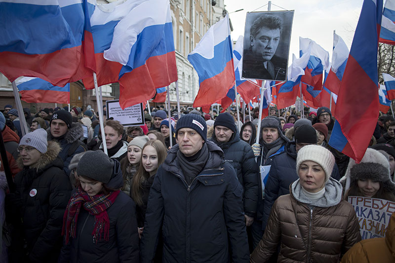 Russian opposition leader Alexei Navalny (centre), attends a rally in memory of opposition leader Boris Nemtsov, in Moscow, Russia, on Sunday, February 25, 2018. Photo: AP