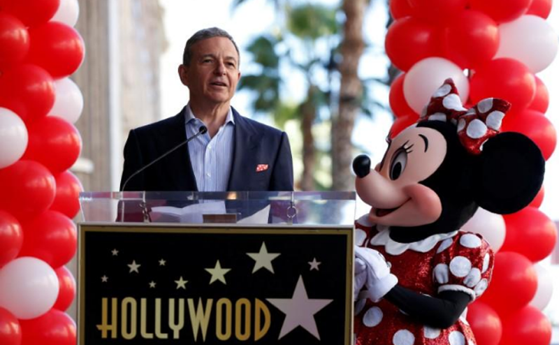 Chairman and CEO of The Walt Disney Company Bob Iger speaks next to the character of Minnie Mouse at the unveiling of her star on the Hollywood Walk of Fame in Los Angeles, California, U.S., January 22, 2018. Photo: Reuters