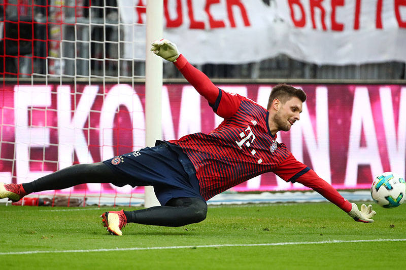Bayern Munich's Sven Ulreich during the warm up before the match. Photo: Reuters