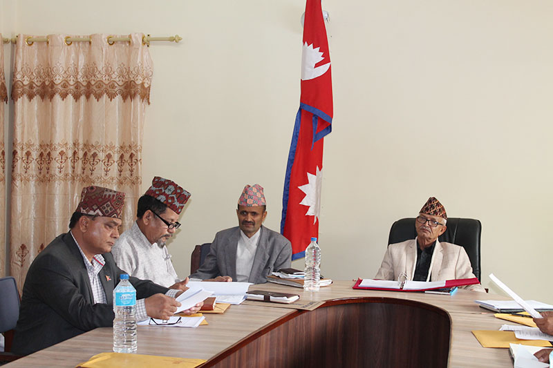 CM Dor Mani Paudel along with other ministers attending cabinet meeting in Hetauda, on Tuesday, April 03, 2018. Photo: Prakash Dahal