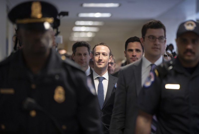 Facebook CEO Mark Zuckerberg arrives on Capitol Hill in Washington, on Monday, April 9, 2018, to meet with Sen. Photo: AP