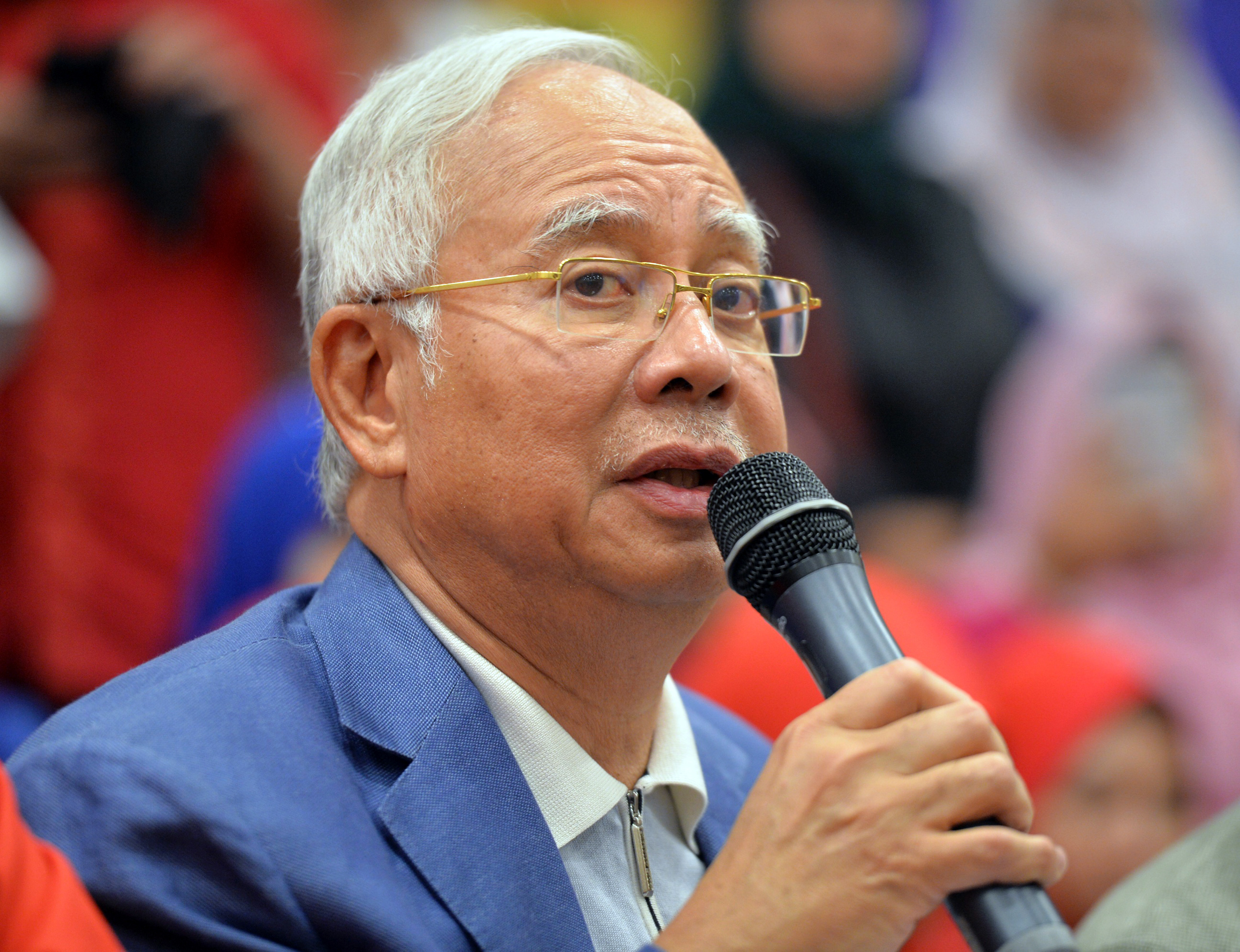 Former Malaysian Prime Minister Najib Razak speaks during a press conference in Kuala Lumpur, Malaysia, Saturday, May 12, 2018. Najib says he's resigning as head of his Malay party to take responsibility for the electoral defeat that ended his coalition's 60-year grip on power. PHOTO: AP